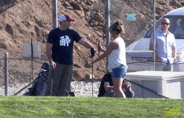 britney-spears-david-lucado-golfing-range-dating-05