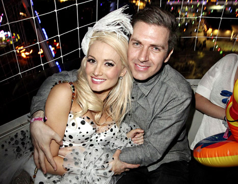 holly-madison-pasquale-rotella-lg
