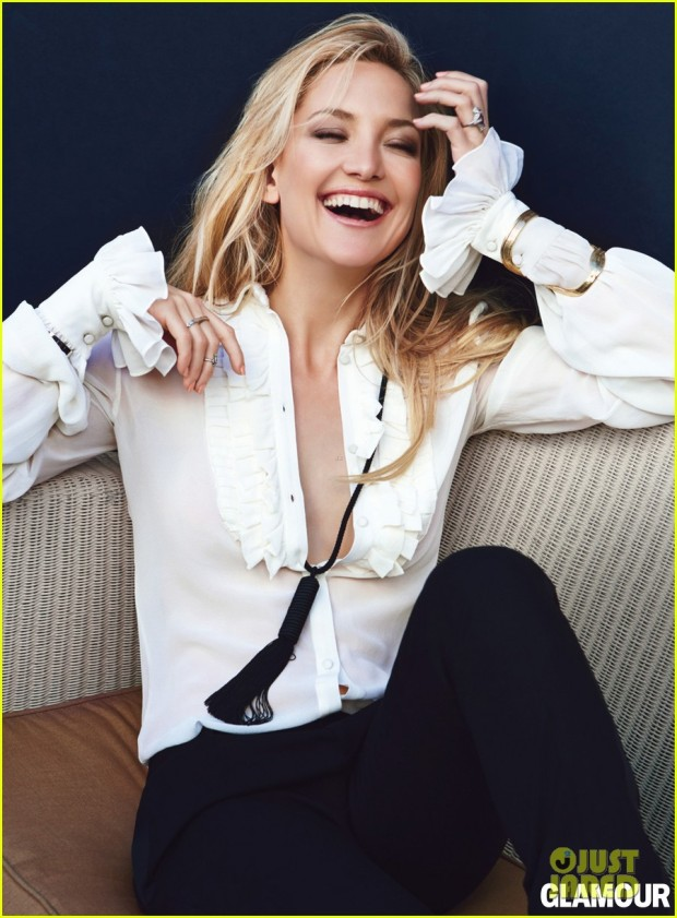kate-hudson-topless-for-glamour-april-2013-04