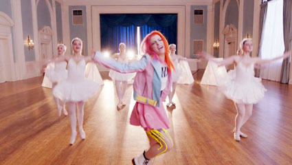 hayley-williams-still-into-you-video-