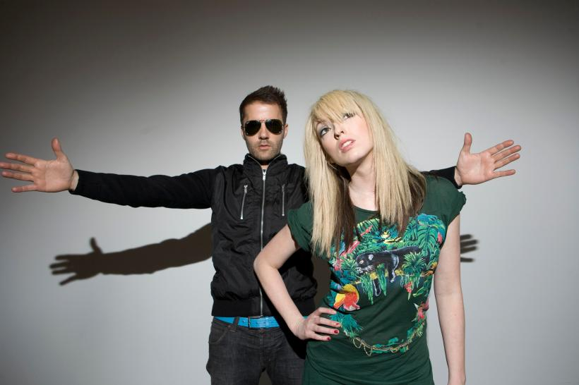 27_Mar_2012_20_07_03_the-ting-tings166221